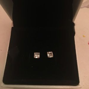 Men's square earrings